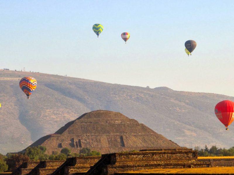 hot air balloon teotihuacan