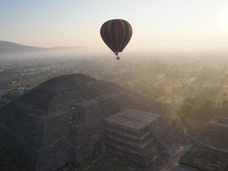 viajar en globo teotihuacan