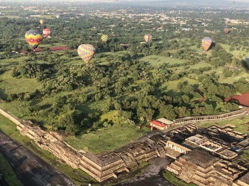 piramides de teotihuacan globos