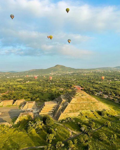 teotihuacan piramide globos
