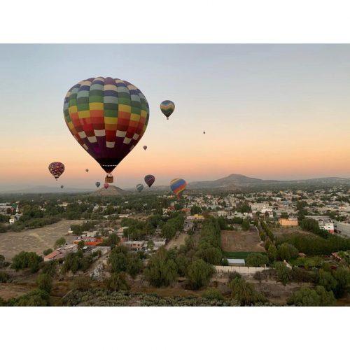 volar en globo valle de teotihuacan